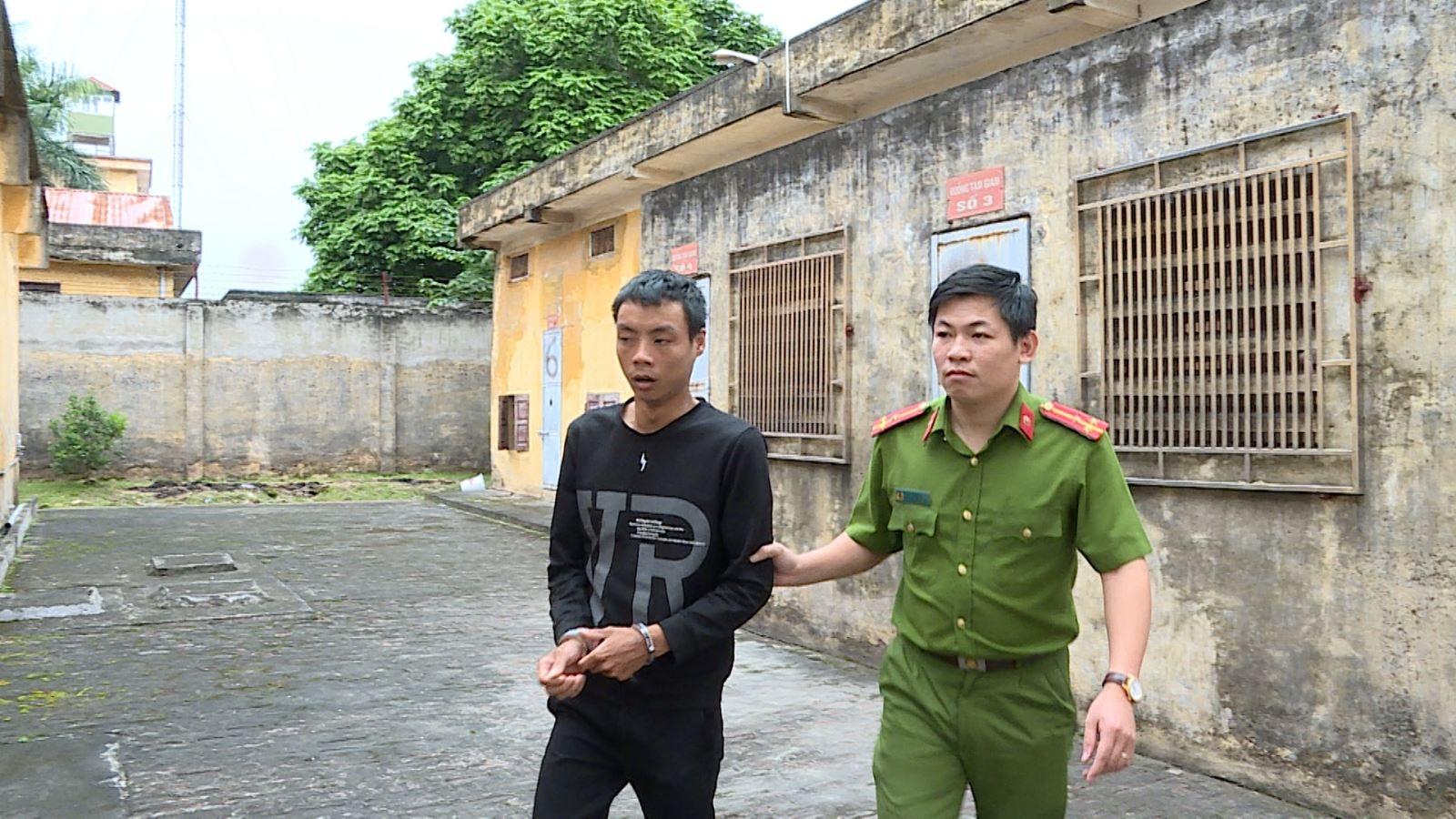 Khởi tố đối tượng lấy trộm hơn 770 triệu đồng tại hiệu vàng ở Hưng Yên