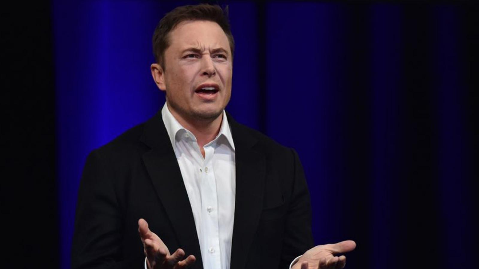 Ông chủ hãng xe điện Tesla trở thành người giàu thứ 2 thế giới