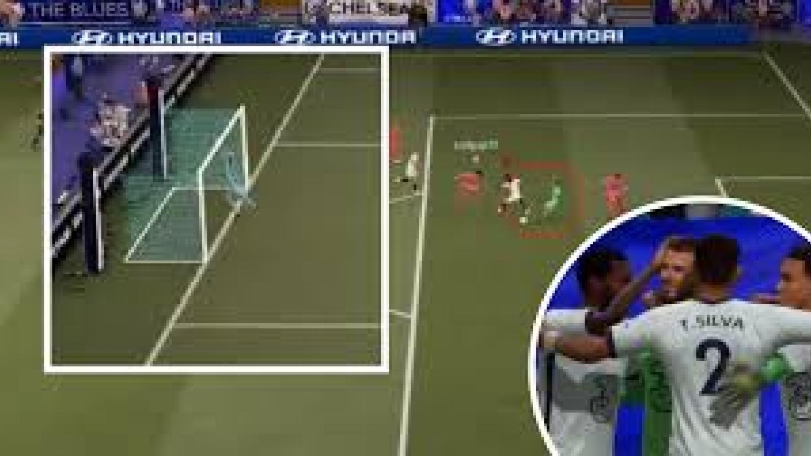 """Bàn thắng """"siêu ảo"""" của De Gea trong FIFA 21 gây sốt cộng đồng mạng"""