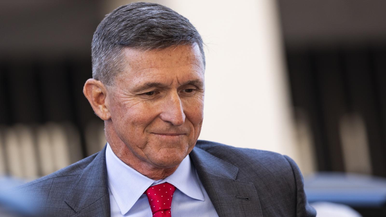 Tổng thống Trump tính ân xá cựu cố vấn an ninh quốc gia Michael Flynn