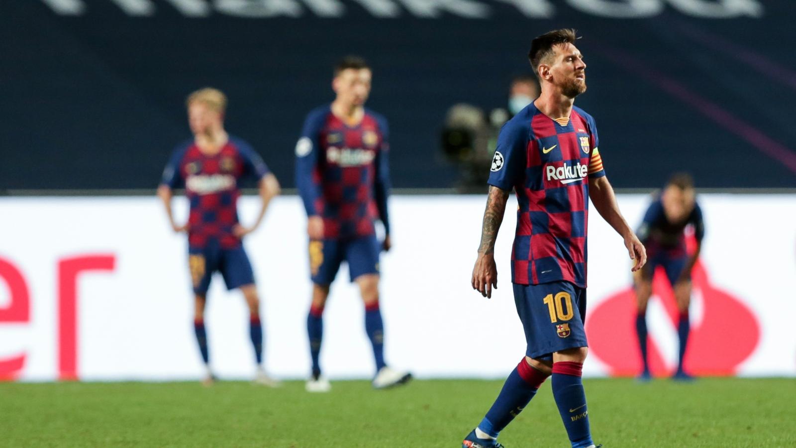 Barca giảm lương toàn bộ cầu thủ trong 3 năm, hé lộ tương lai Messi