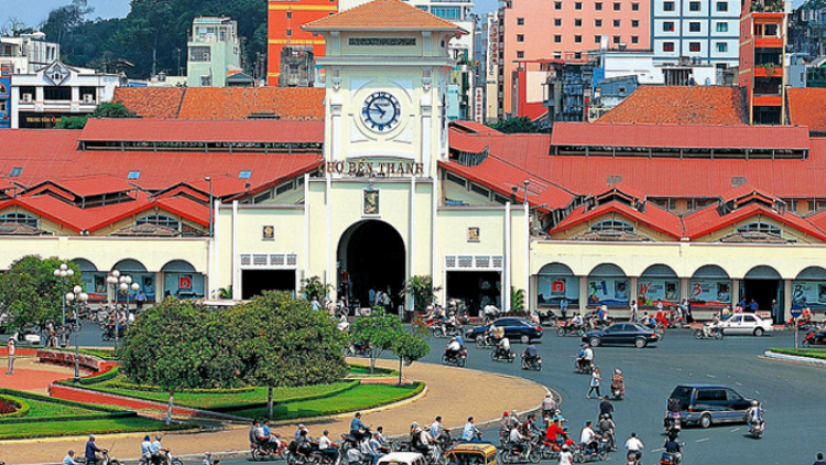 HCM City ranks among top 10 cheapest cities for foreigners