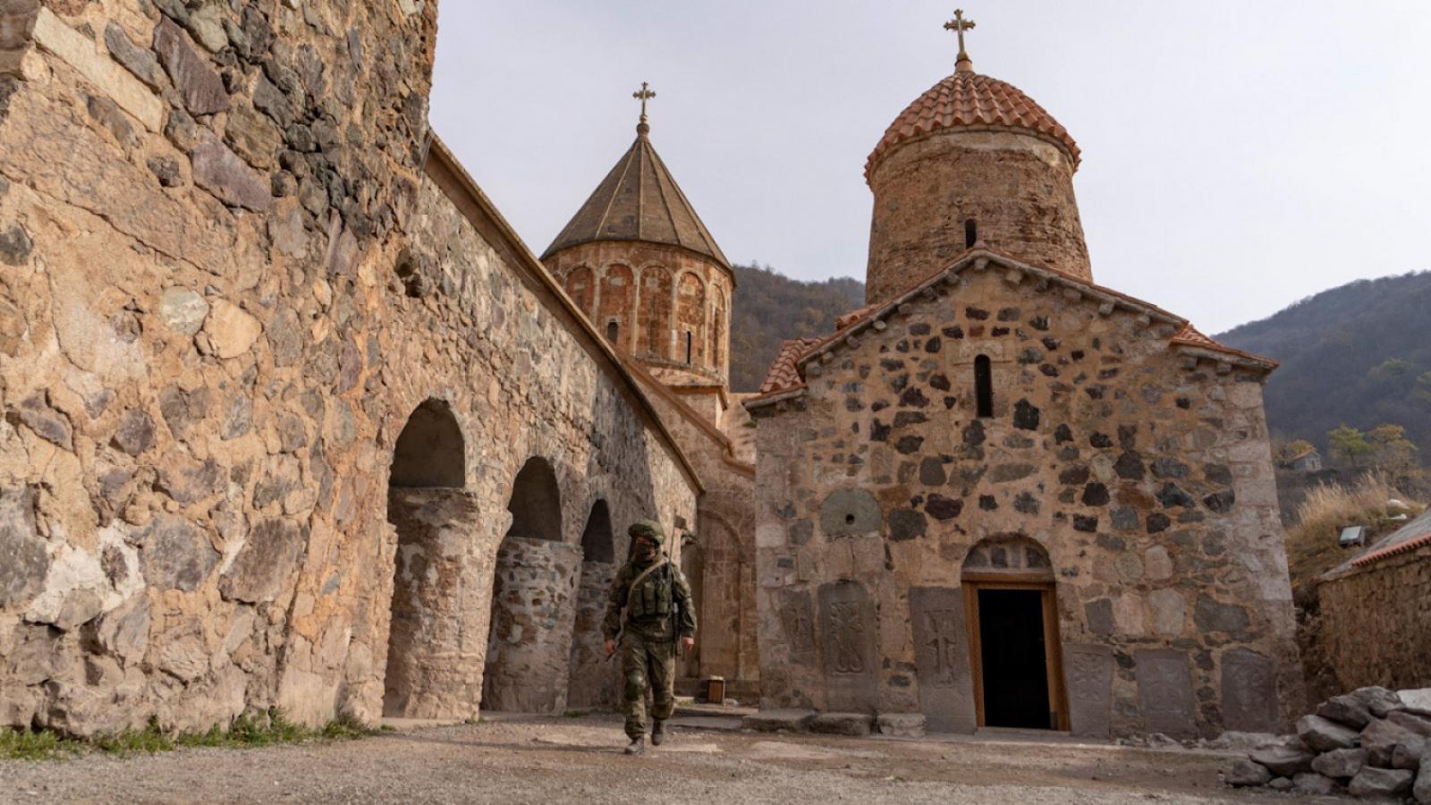 Xung đột Nagorno-Karabakh: Azerbaijan tiếp quản huyện thứ 2 từ Armenia