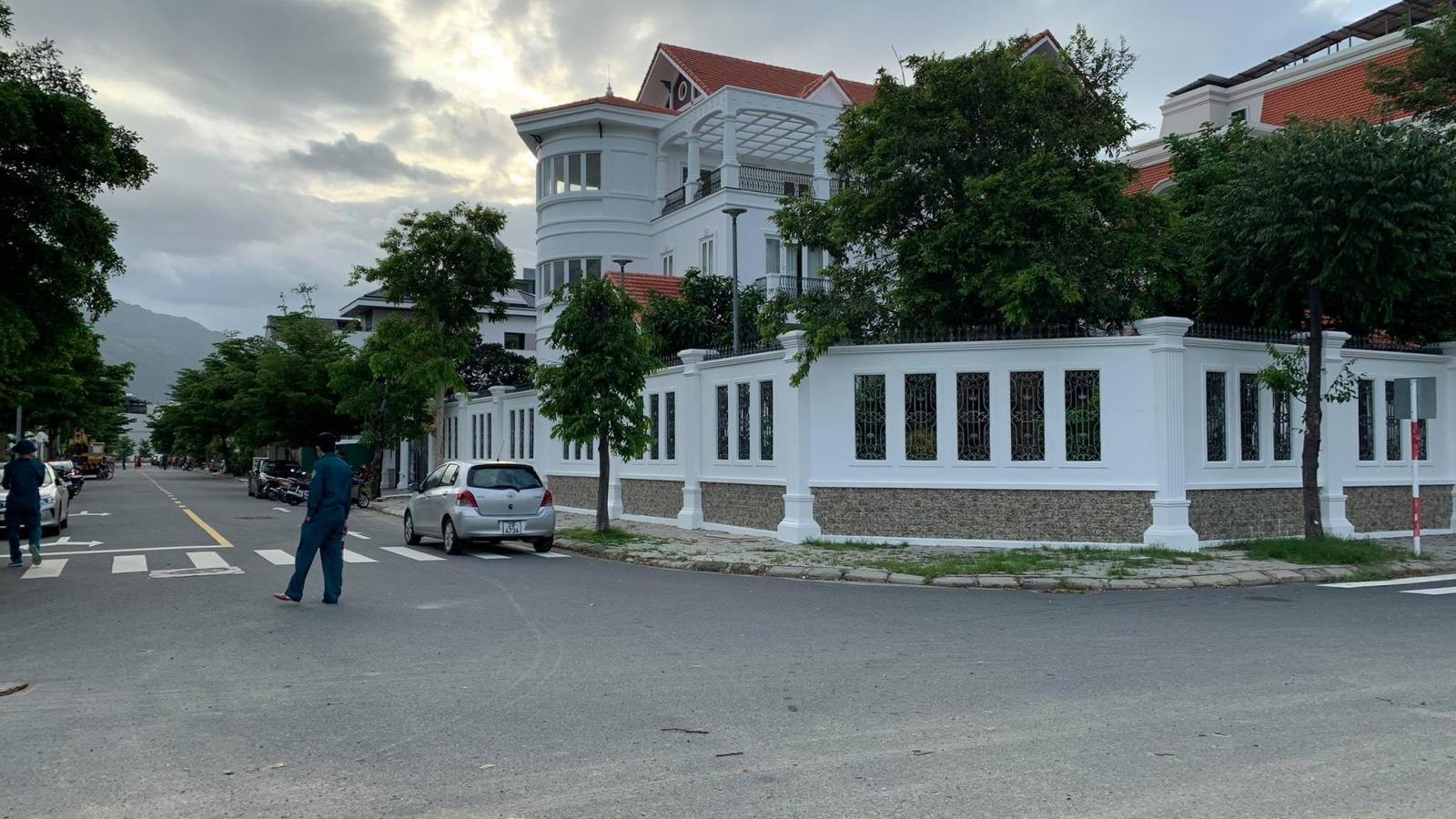 Nguyên Bí thư Thành ủy Nha Trang bị kẻ lạ mặt xông vào nhà tấn công