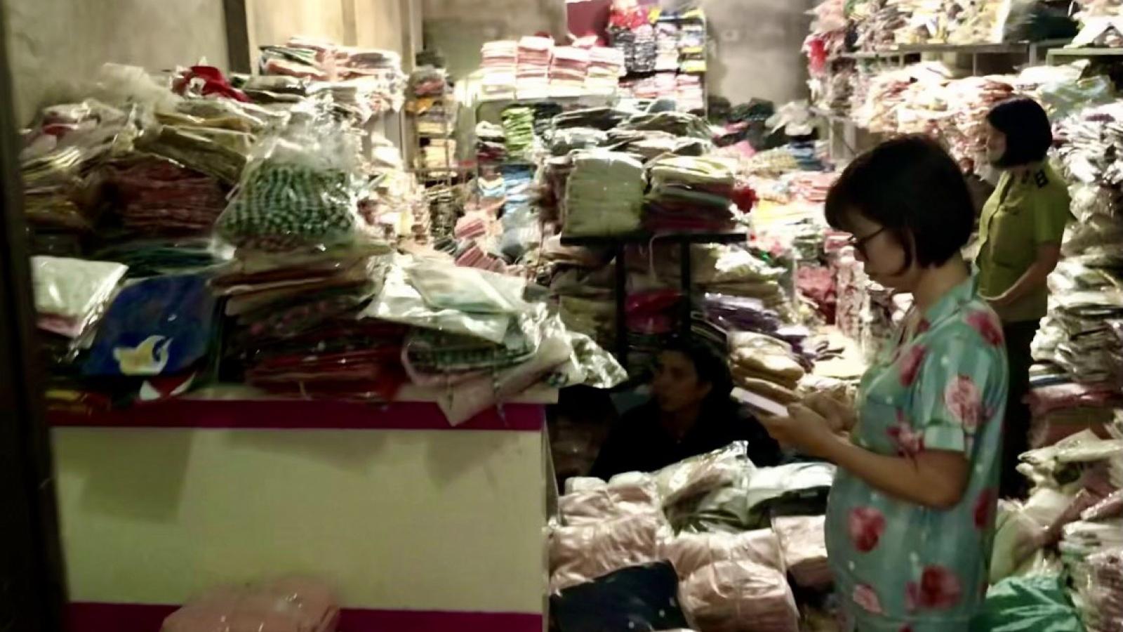 Quảng Ninh thu giữ gần 1.300 sản phẩm giả mạo nhãn hiệu nổi tiếng