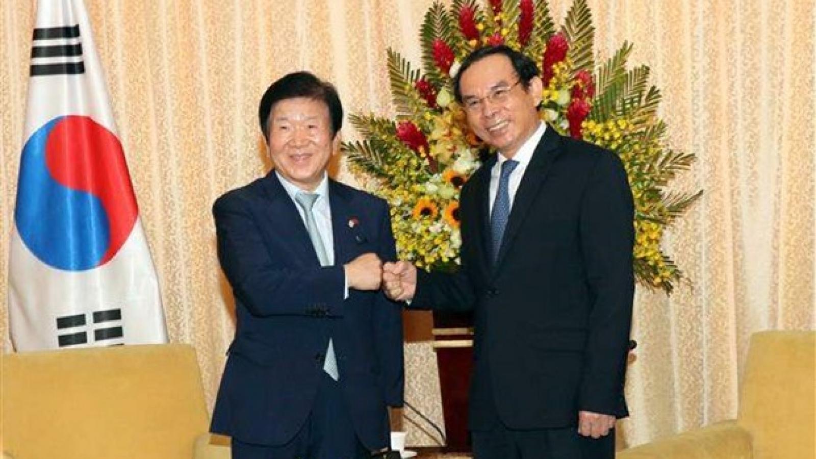 HCM City leader meets Korean top legislator