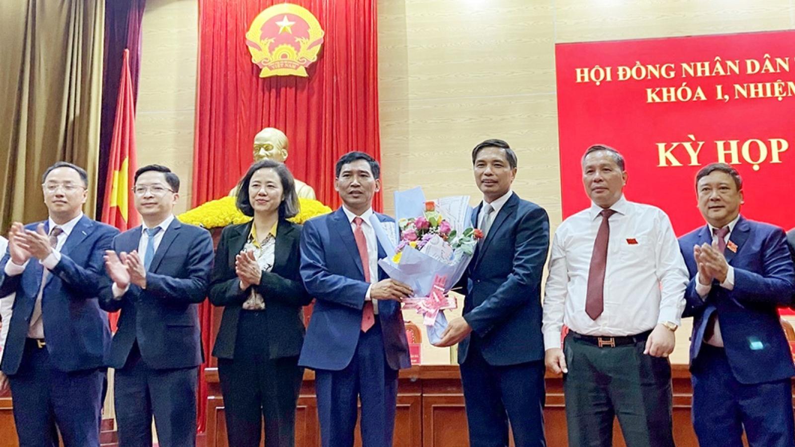TP Hạ Long có tân Chủ tịch Ủy ban Nhân dân và Chủ tịch Hội đồng Nhân dân
