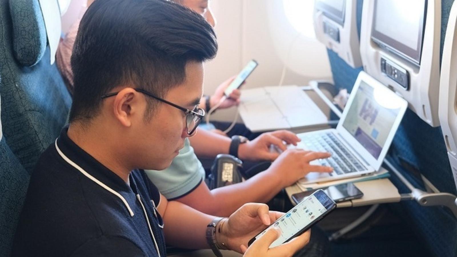 Tiếp tục cấm Macbook Pro 15 inch và thiết bị dùng pin Lithium trên máy bay