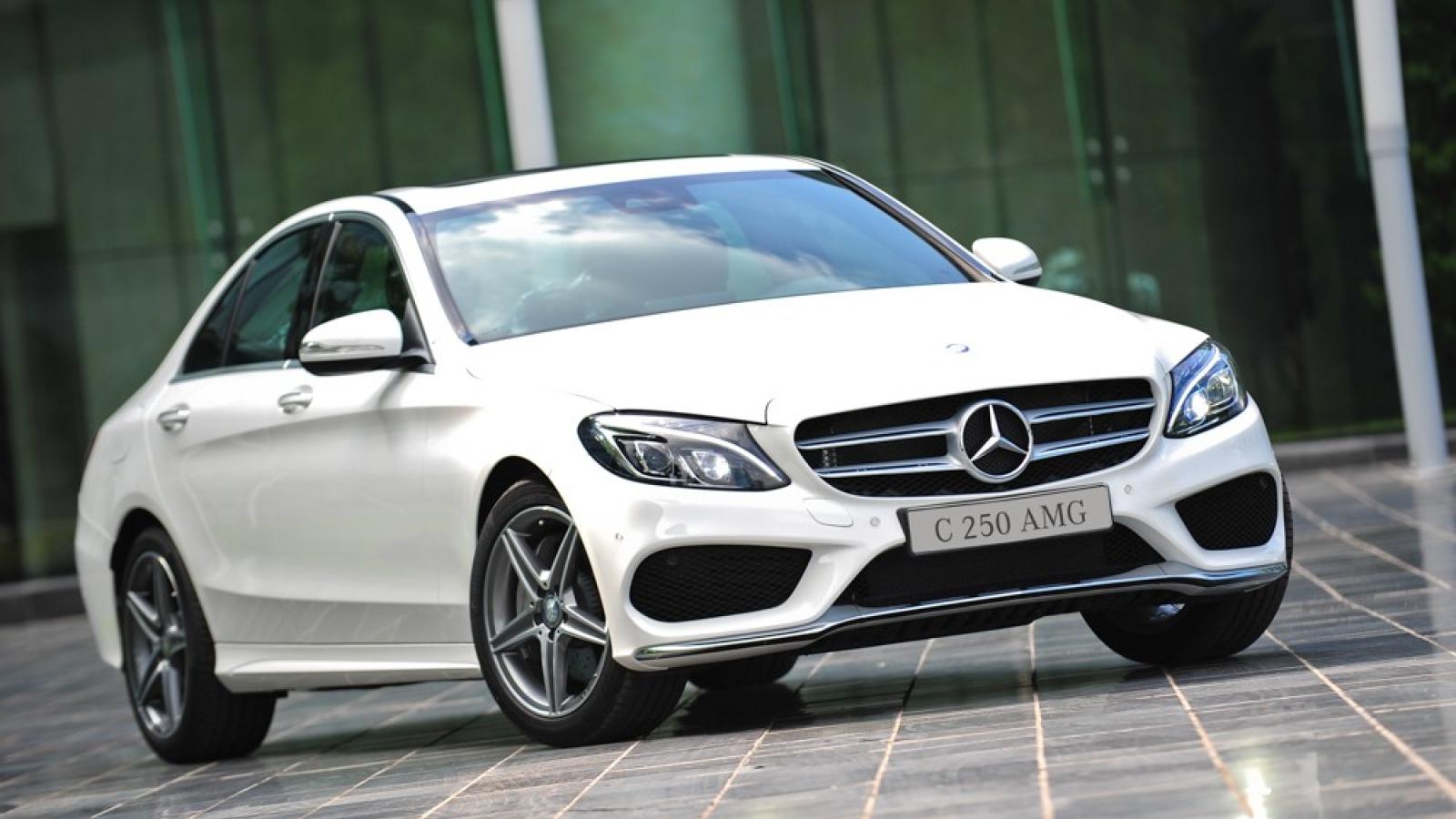 Hơn 3.000 xe Mercedes-Benz C-Class và GLK phải triệu hồi vì lỗi túi khí