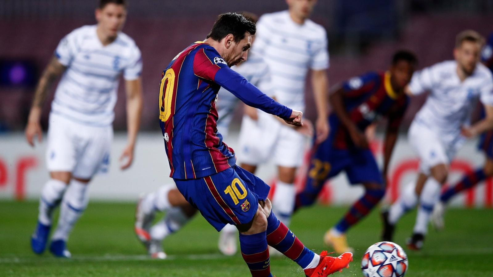 Messi lập công, Barca thắng sát nút Dynamo Kyiv