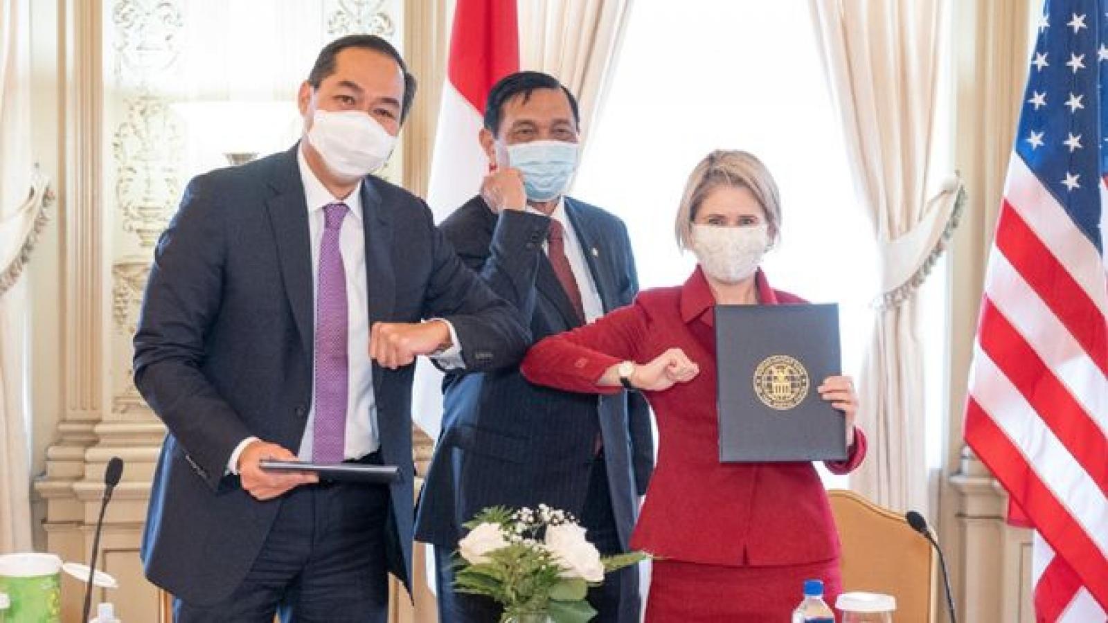 Indonesia và Mỹ ký biên bản ghi nhớ về cơ sở hạ tầng và thương mại