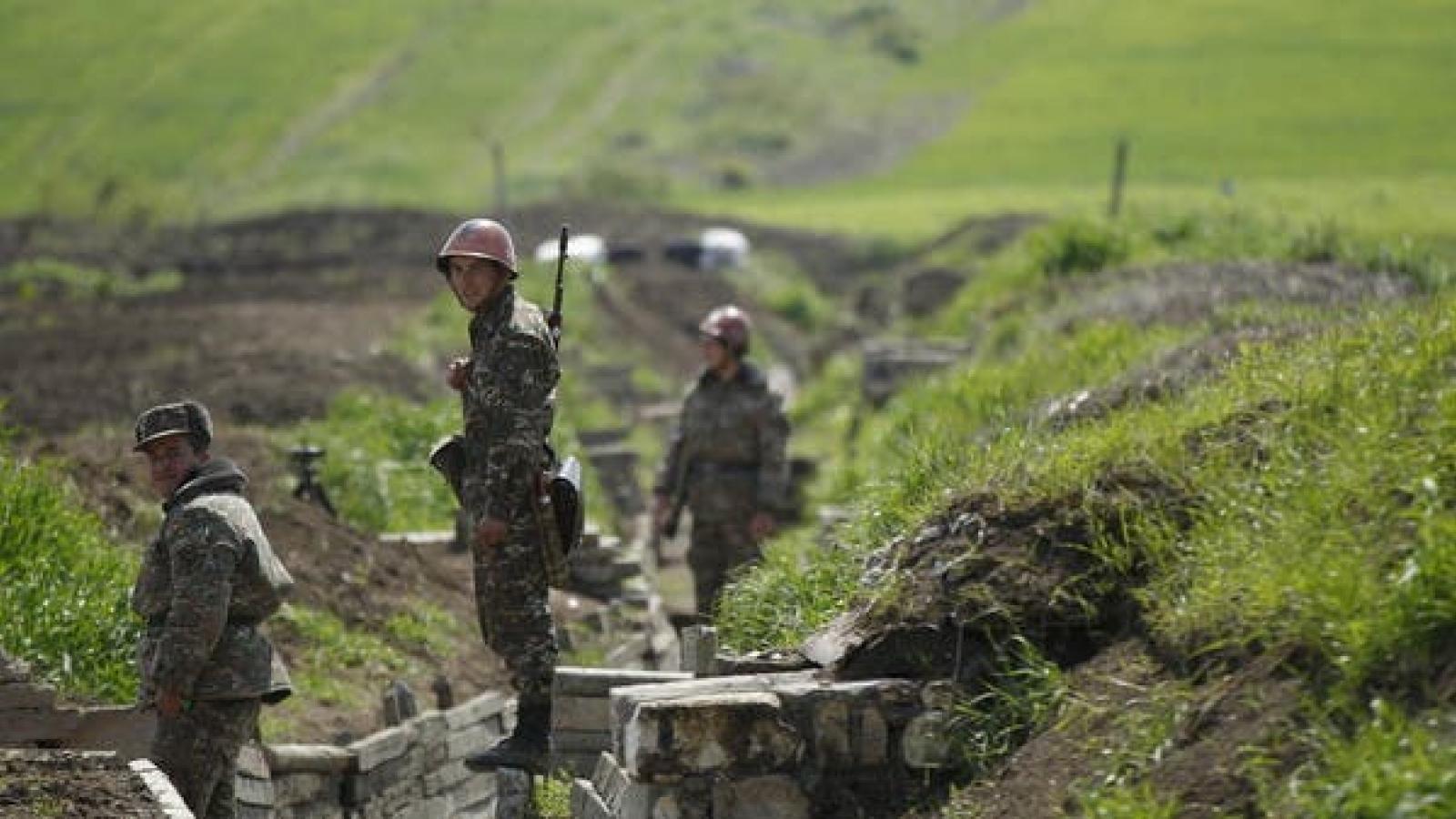 Nga triển khai lực lượng gìn giữ hòa bình ở khu vực Nagorno-Karabakh