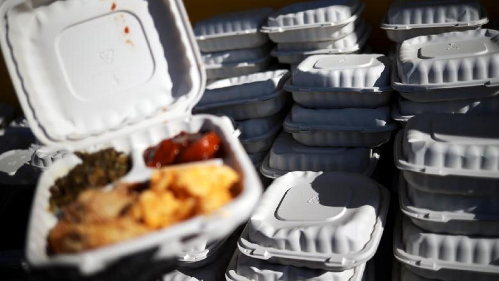 Nhiều gia đình nghèo ở Mỹ đang cạn dần lương thực