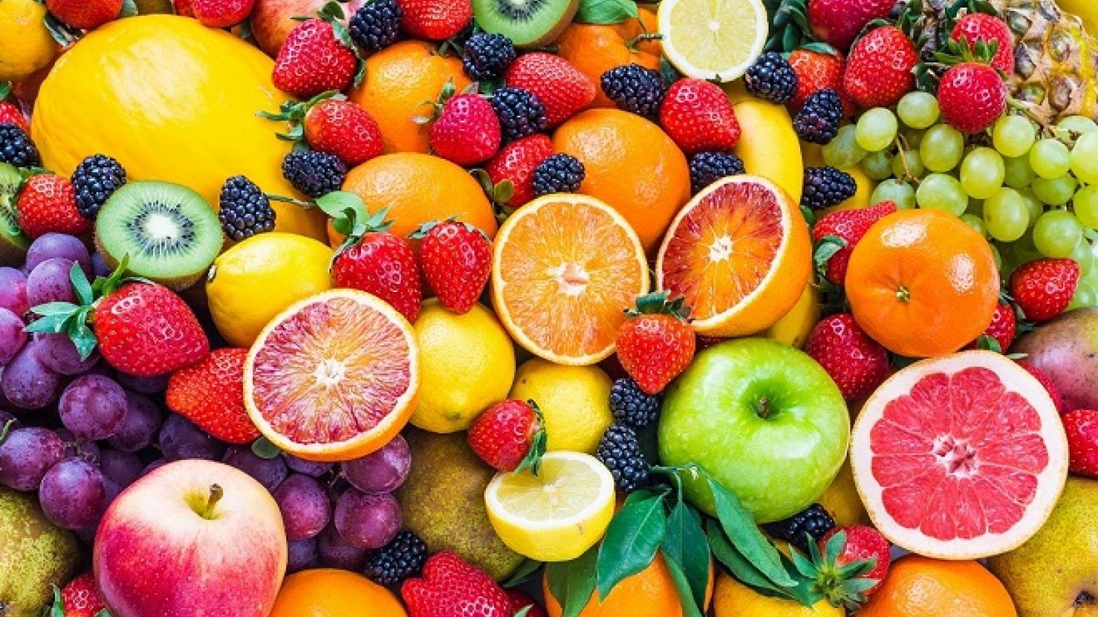 Bỏ túi bí quyết bổ trái cây vừa nhanh vừa đẹp mắt