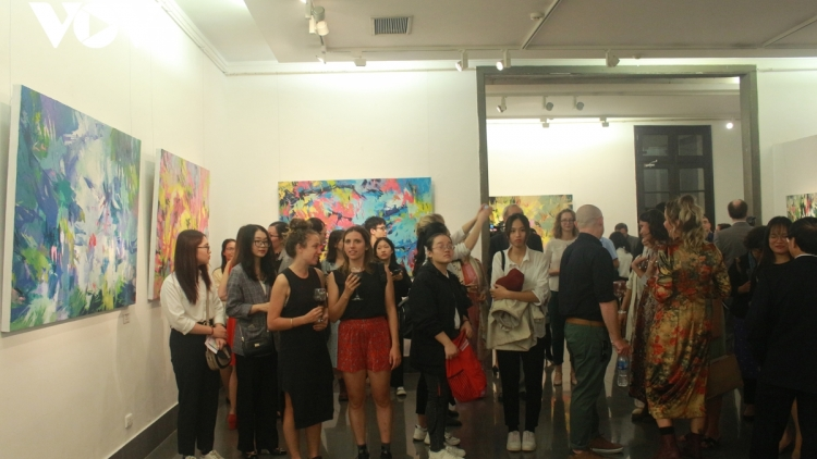Painting exhibition marks Vietnam-Poland diplomatic ties