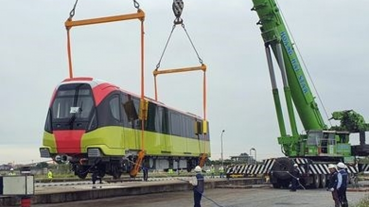 Violations found at elevated railway project in Hanoi