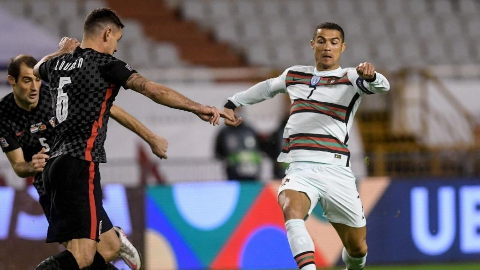 Ronaldo mờ nhạt, Bồ Đào Nha thắng nghẹt thở Croatia