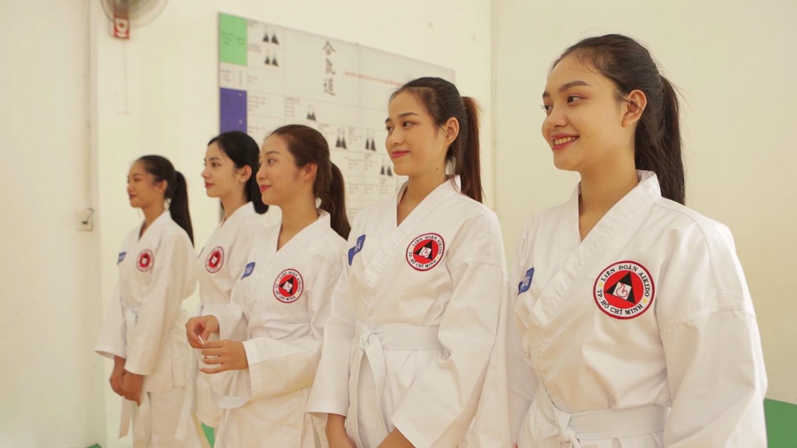 Thí sinh Hoa hậu Việt Nam 2020 tập võ Aikido