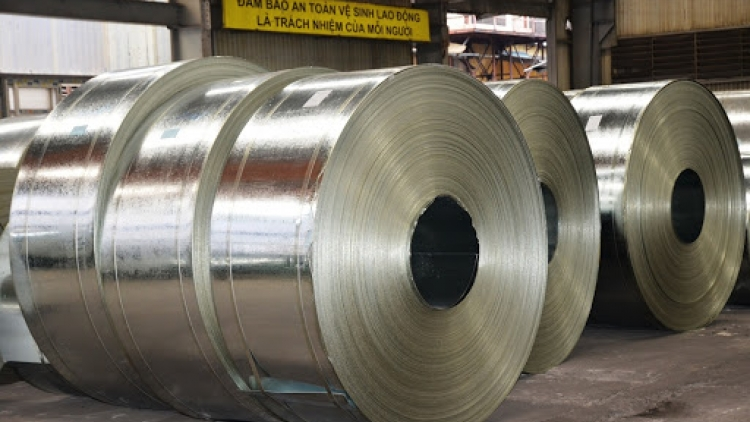 Hoa Phat boosts export of galvanised steel products to Europe