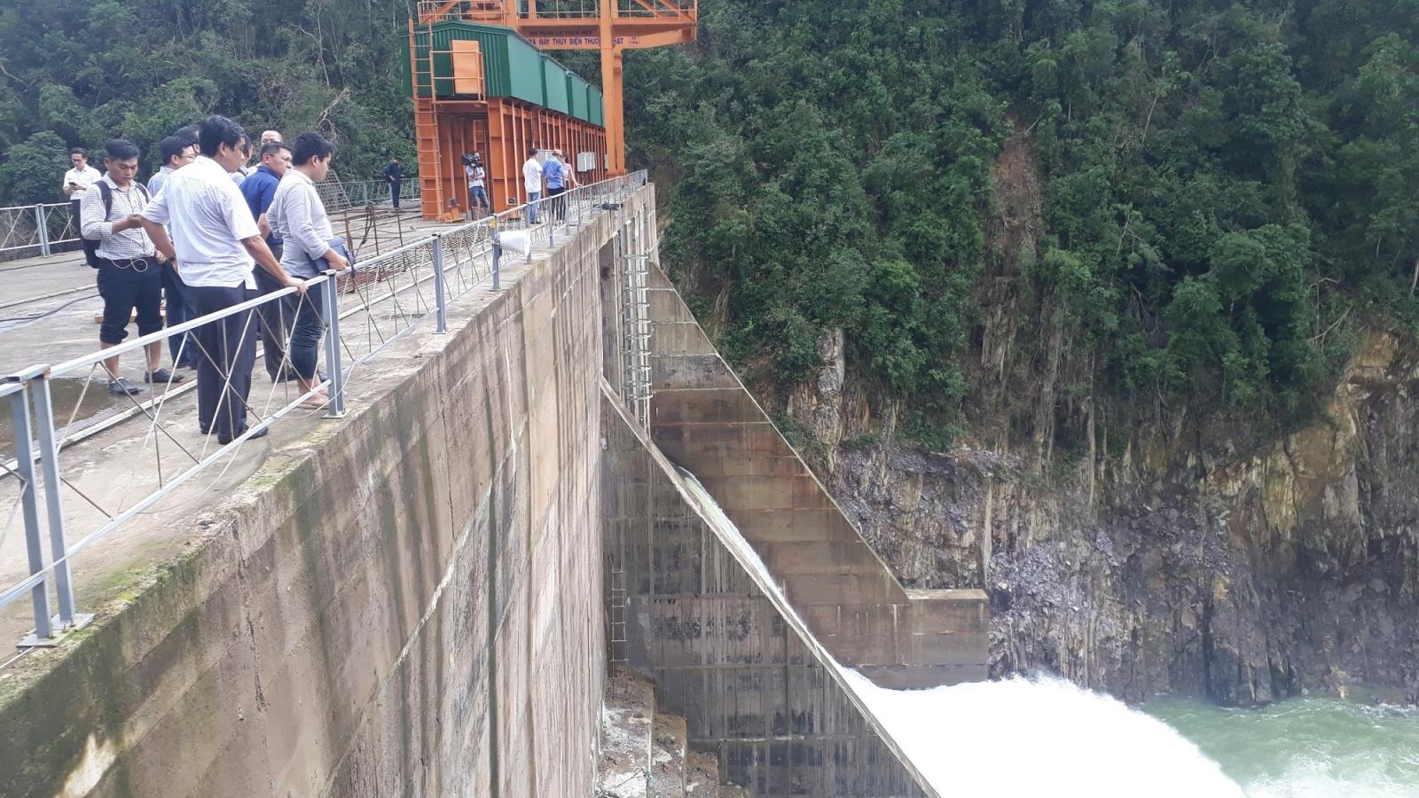 Tỉnh Thừa Thiên Huế xem xét phạt nặng thủy điện Thượng Nhật