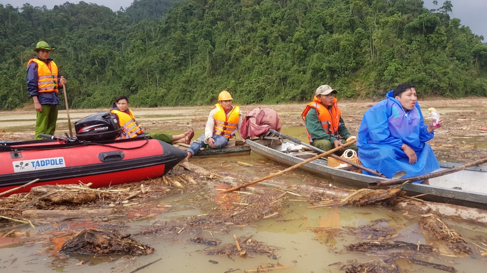 Gian nan tìm kiếm người mất tích trên lòng hồ thuỷ điện sông Tranh 2