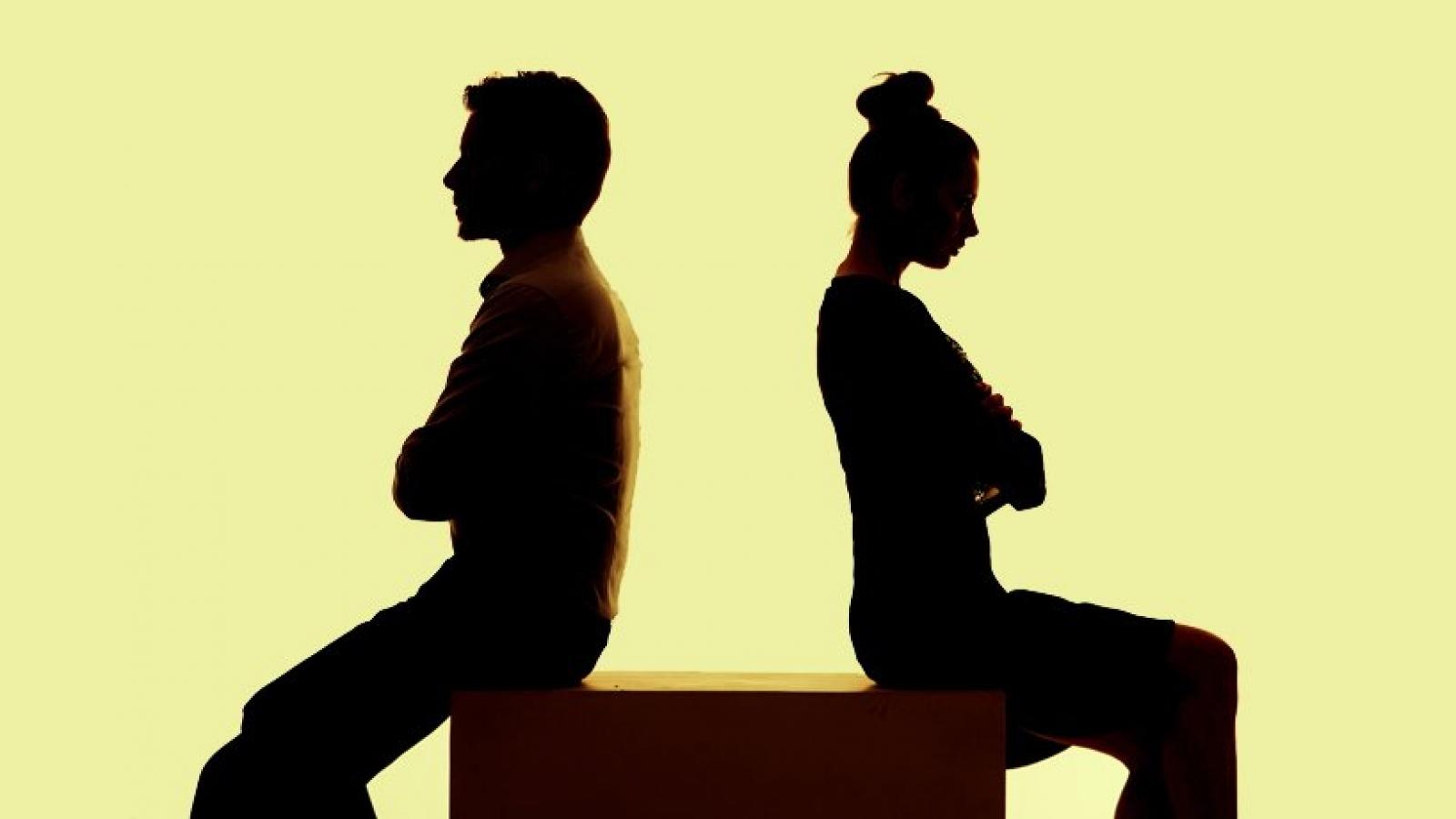 """Những dấu hiệu nhận biết một mối quan hệ """"độc hại"""""""