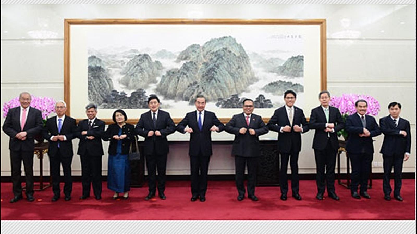 Trung Quốc khẳng định sự hợp tác chặt chẽ với ASEAN