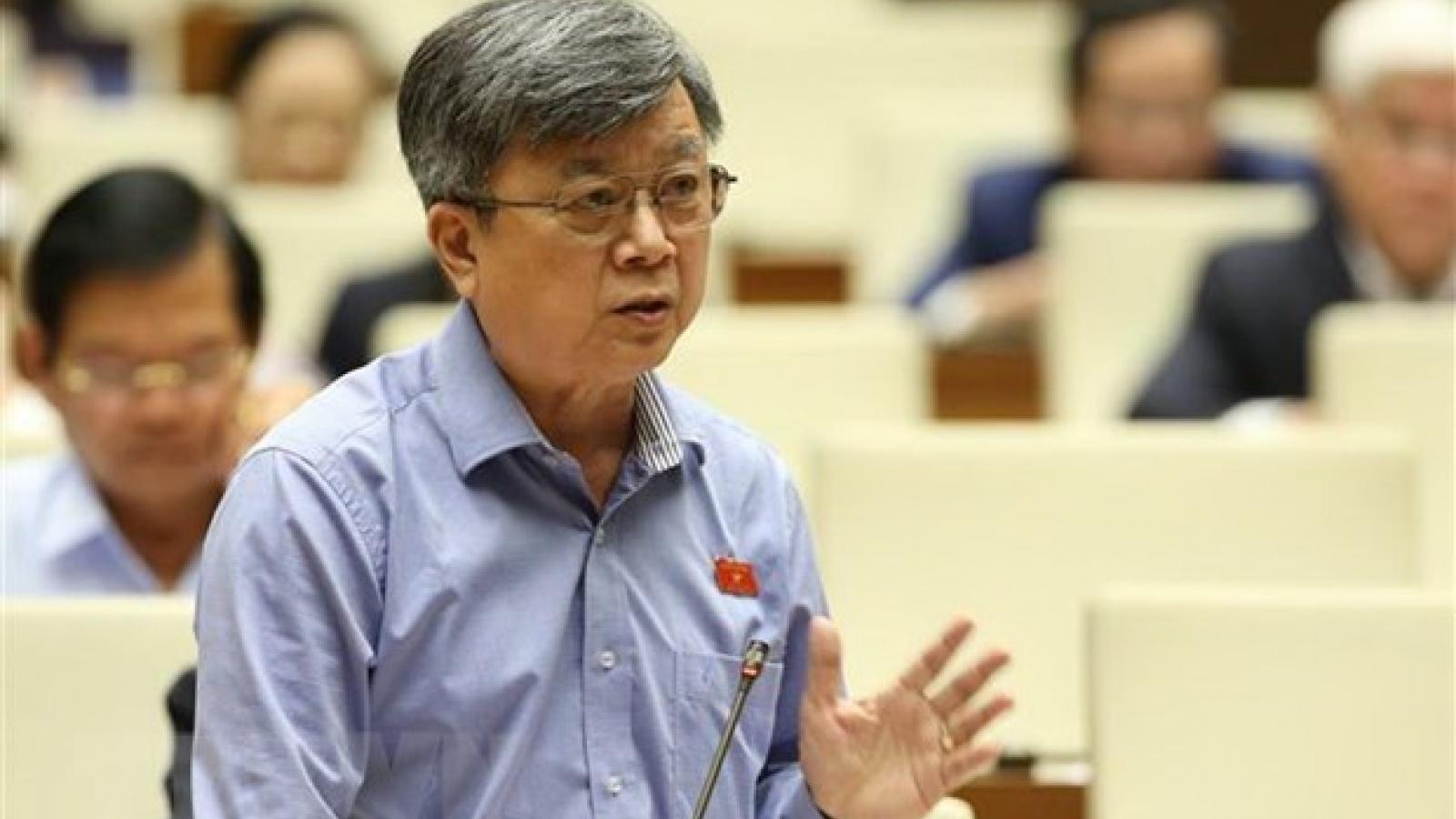 Legislator puts forth solutions to socio-economic development issues