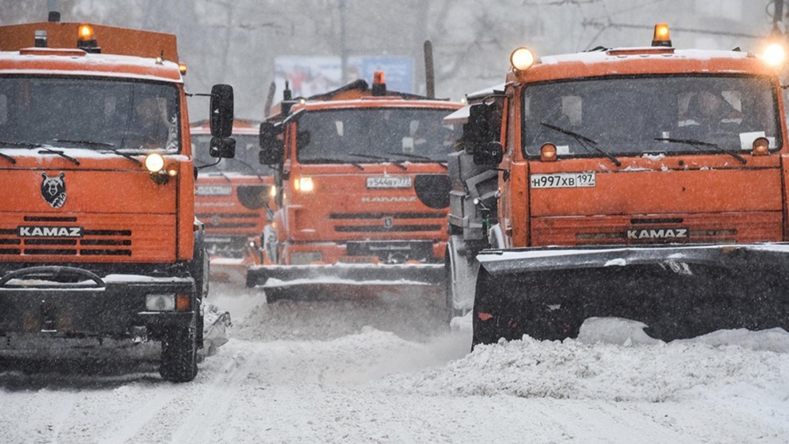 Bí kíp giúp người Moscow (Nga) đối phó với tuyết và băng mỗi mùa đông