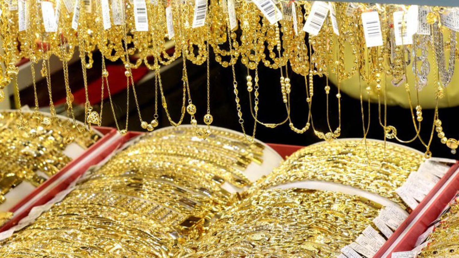 Giá vàng trong nước đảo chiều tăng trong ngày bầu cử Tổng thống Mỹ