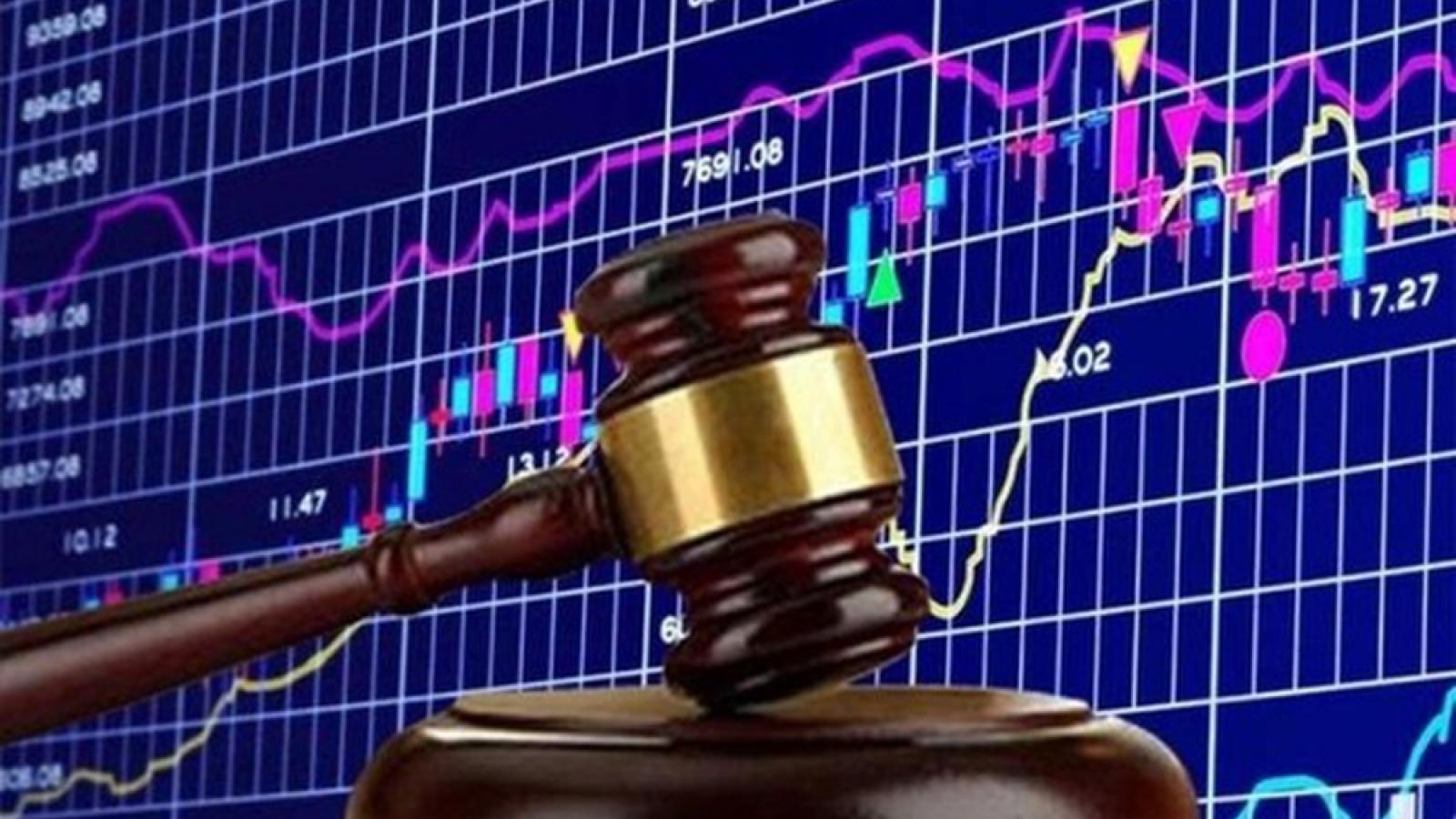 Ủy ban Chứng khoán xử phạt hàng loạt doanh nghiệp vi phạm hành chính