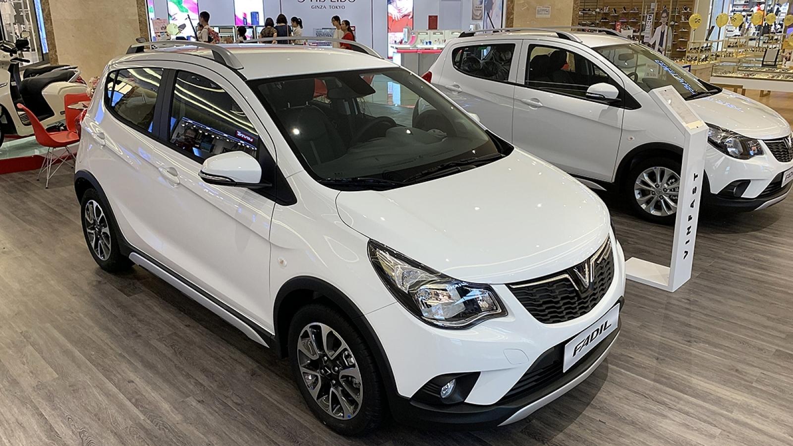 Top 10 mẫu bán chạy nhất thị trường Việt Nam tháng 10/2020