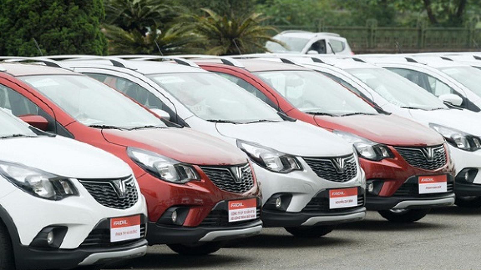 VinFast bất ngờ điều chỉnh giá nhiều mẫu xe
