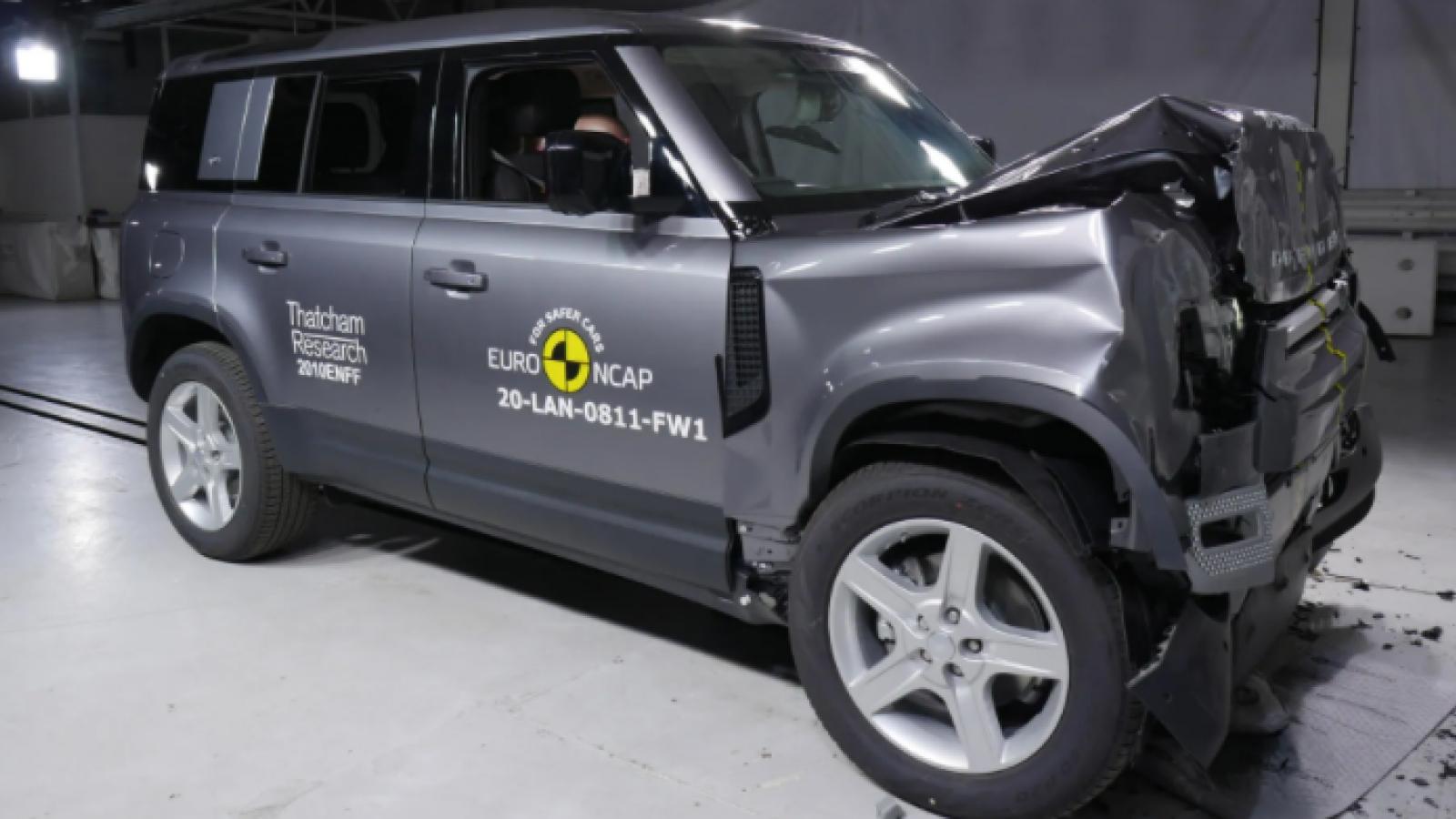 Thử khả năng chịu va chạm của Land Rover Defender