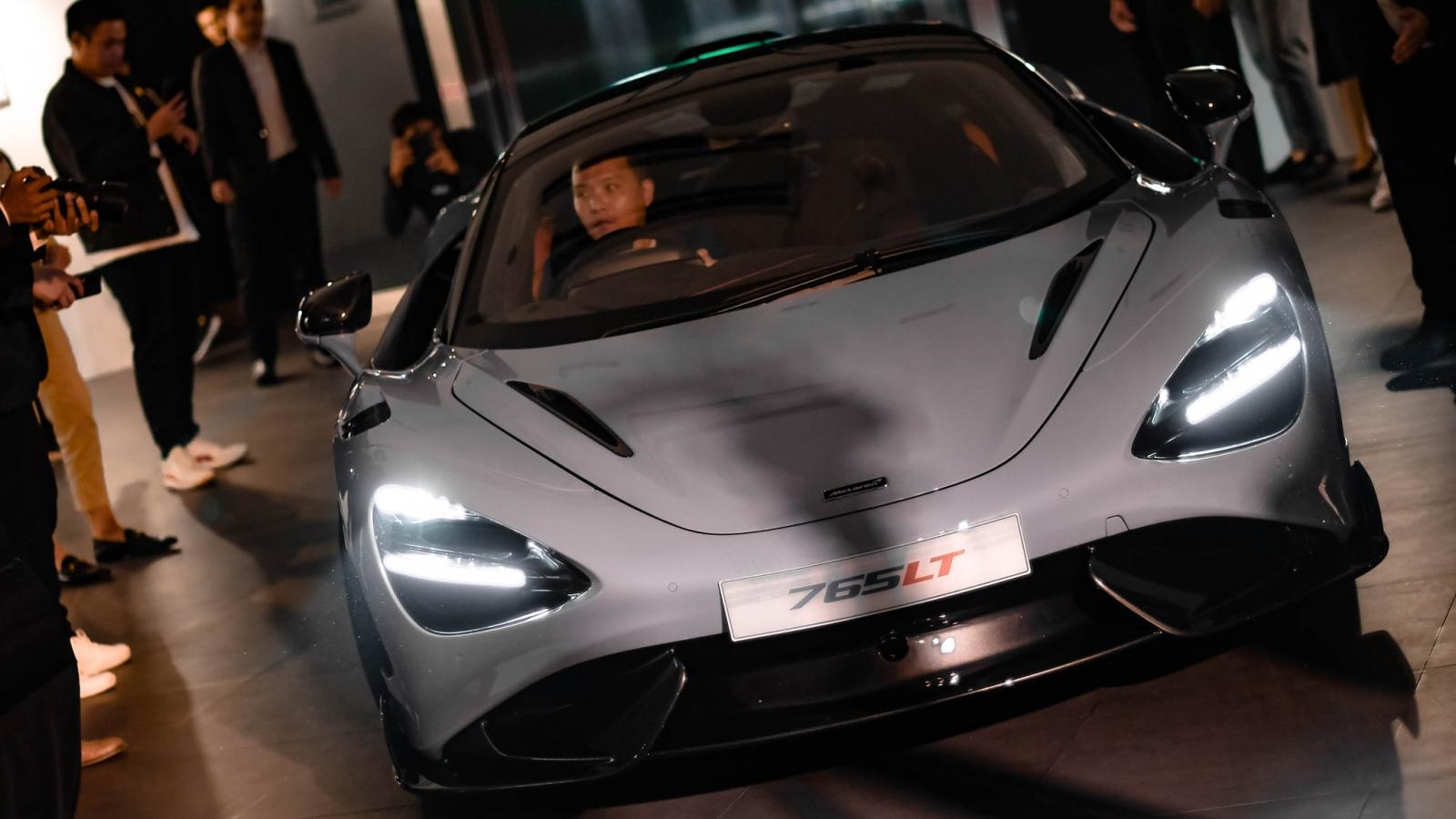 Siêu xe McLaren 765LT đầu tiên đặt chân đến Thái Lan, giá gần 40 tỷ đồng