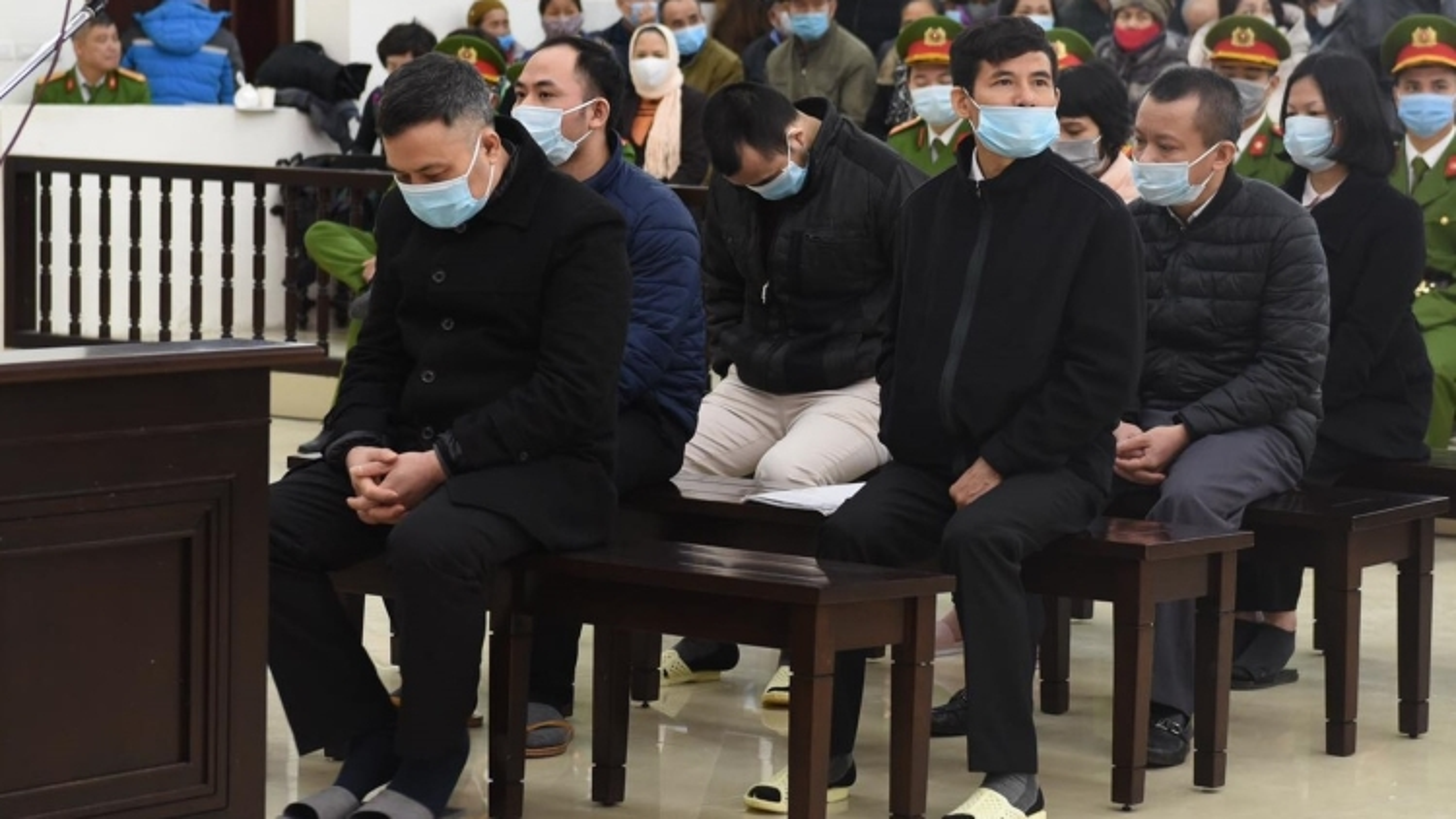 Nạn nhân của Liên kết Việt: Đổi gần 100 triệu lấy vài hộp thuốc