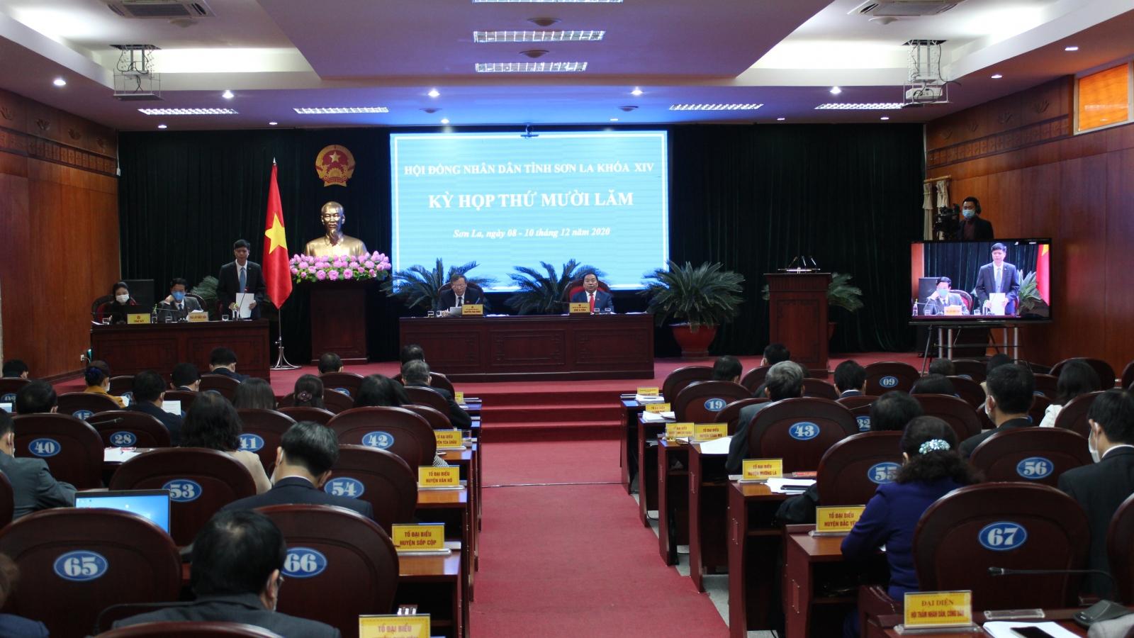 Kỳ họp HĐNDtỉnh Sơn La: Chất vấn và trả lời chất vấn nhiều vấn đề nóng