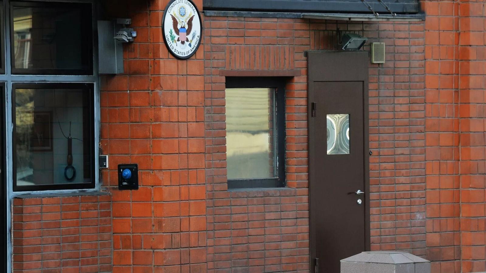 Dư luận Nga phản đối Mỹ đóng cửa hai cơ quan đại diện ngoại giao ở nước này