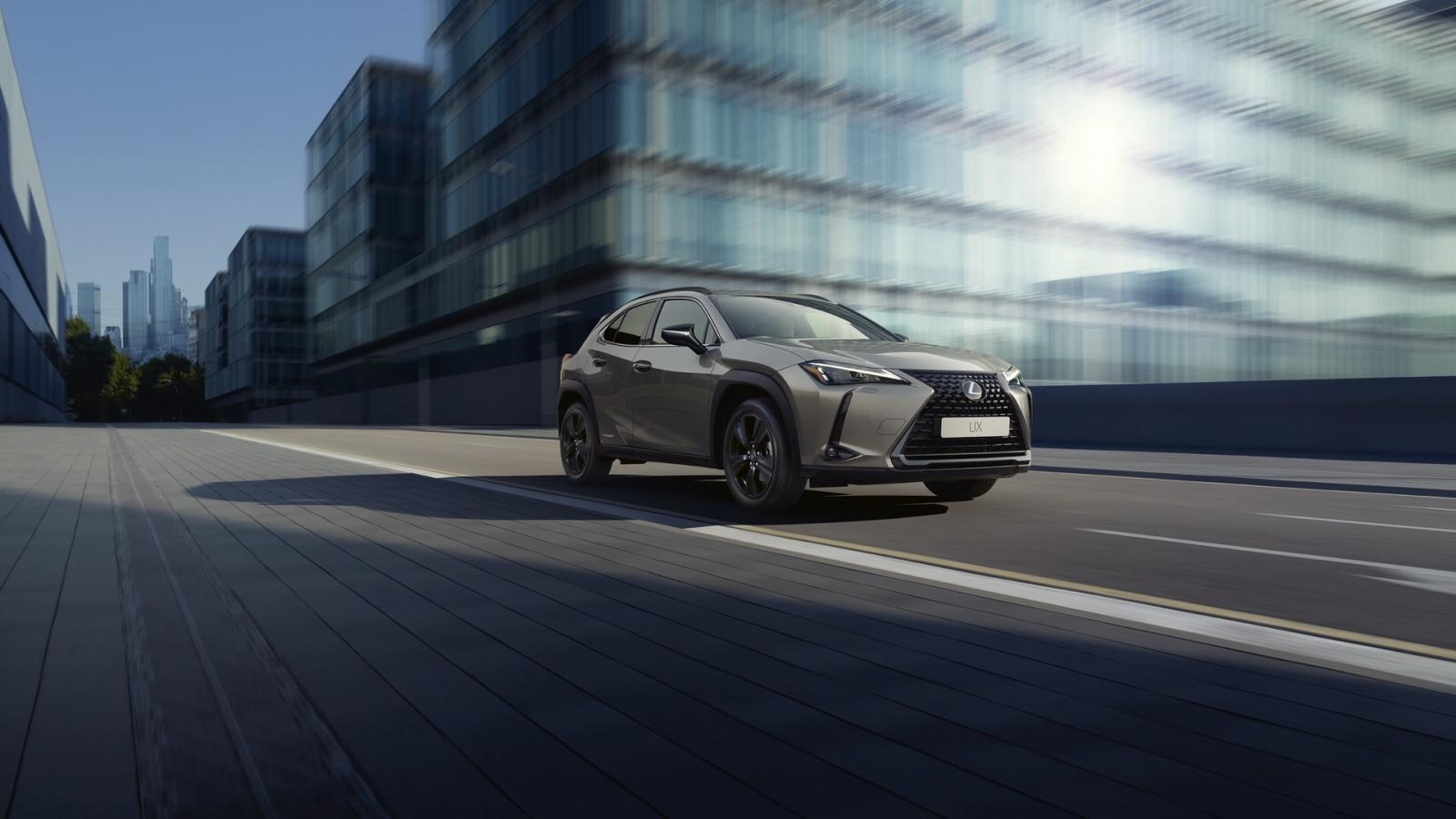 Lexus UX 250h 2021 thêm phiên bản Premium Sport Edition Grade