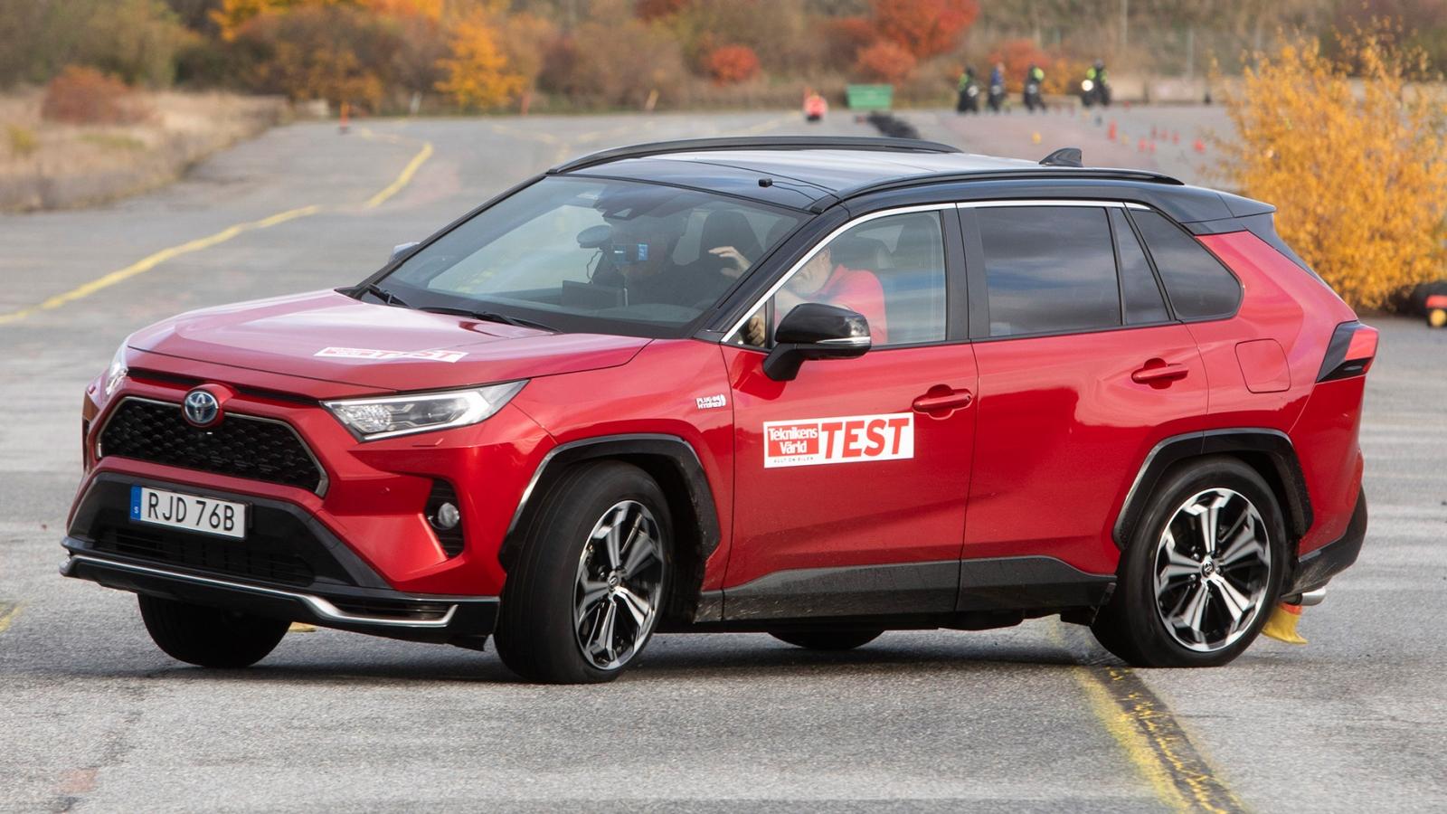 Toyota RAV4 Plug-in Hybrid 2020 gây thất vọng ở thử nghiệm đánh lái gấp