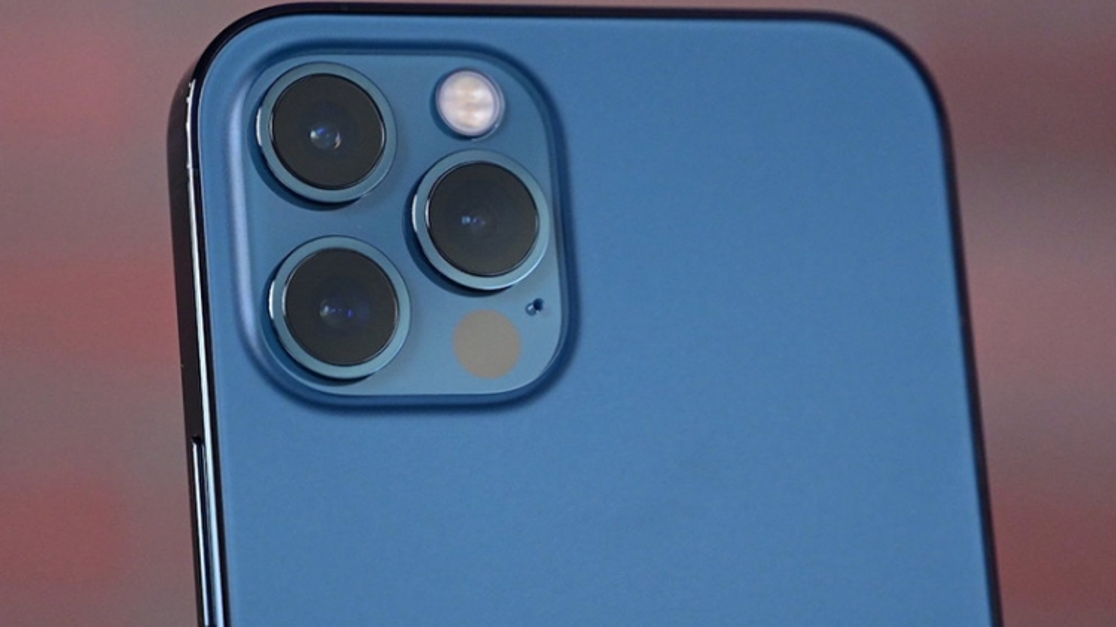 Apple sẽ dựa vào Samsung cho máy ảnh cực xịn trên iPhone 2022