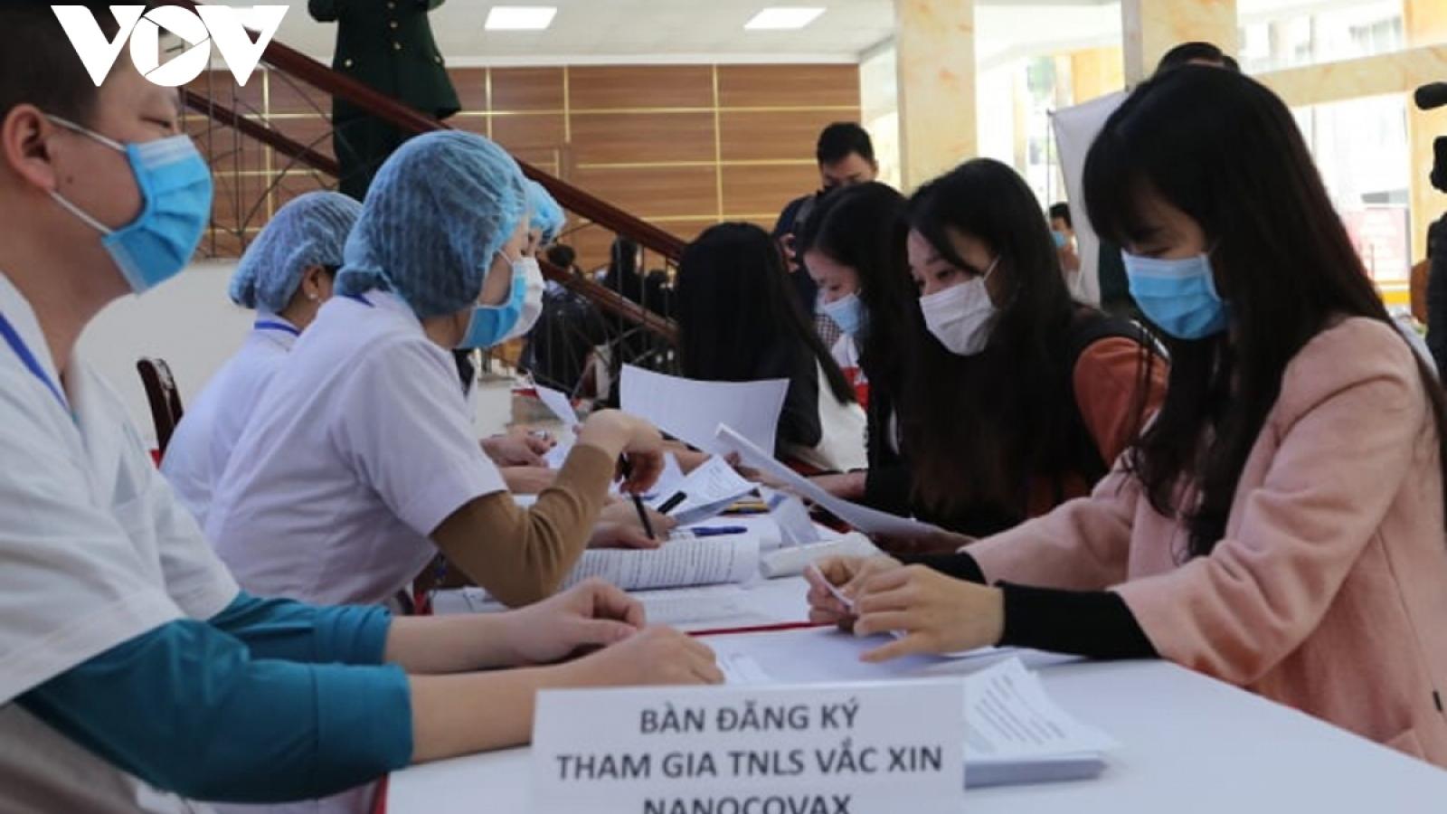 Volunteers register to participate in COVID-19 vaccine trial