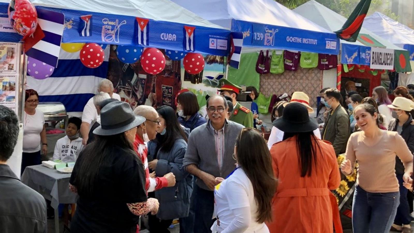 Hanoi int'l food festival promotes cultural exchanges