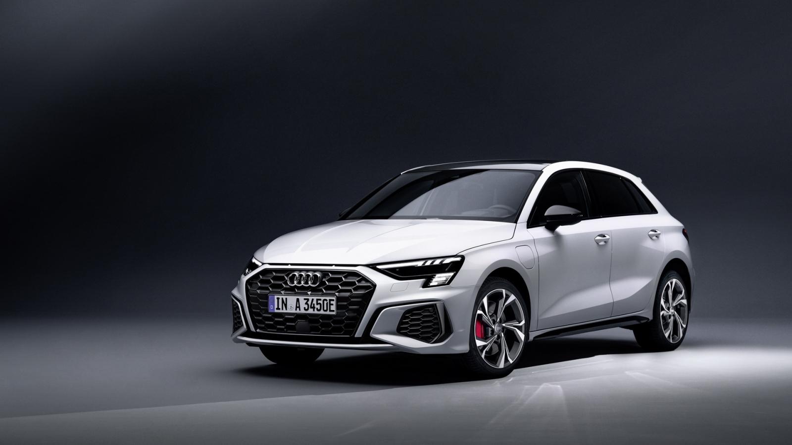 Audi A3 Sportback 45 TFSI e hybrid chính thức ra mắt