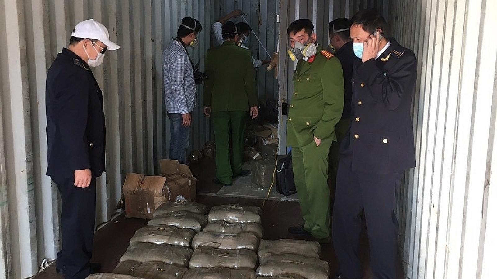 Bắt giữ vụ vận chuyển trái phép hơn 665kg chất ma túy qua Cảng Hải Phòng
