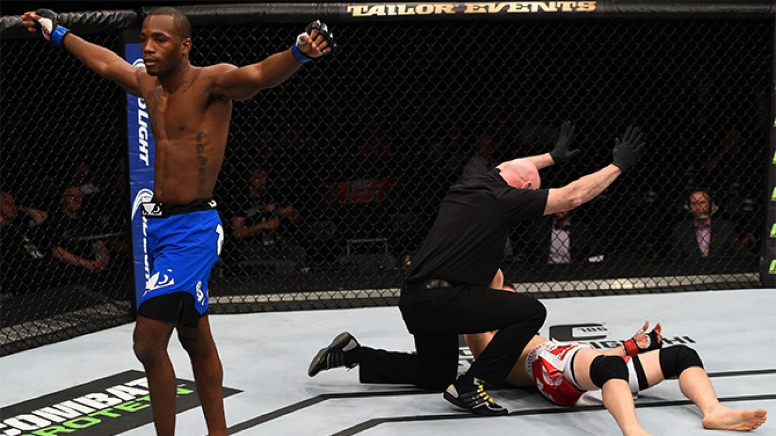VIDEO: Võ sĩ UFC hạ knock-out đối thủ bằng 3 cú đấm