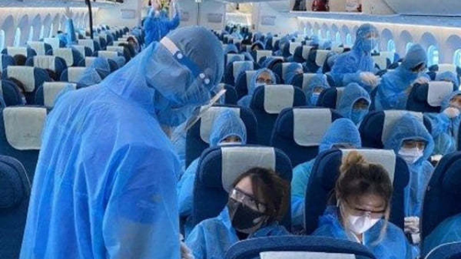 Nóng 24h: Nam tiếp viên Vietnam Airlines có thể bị phạt tù