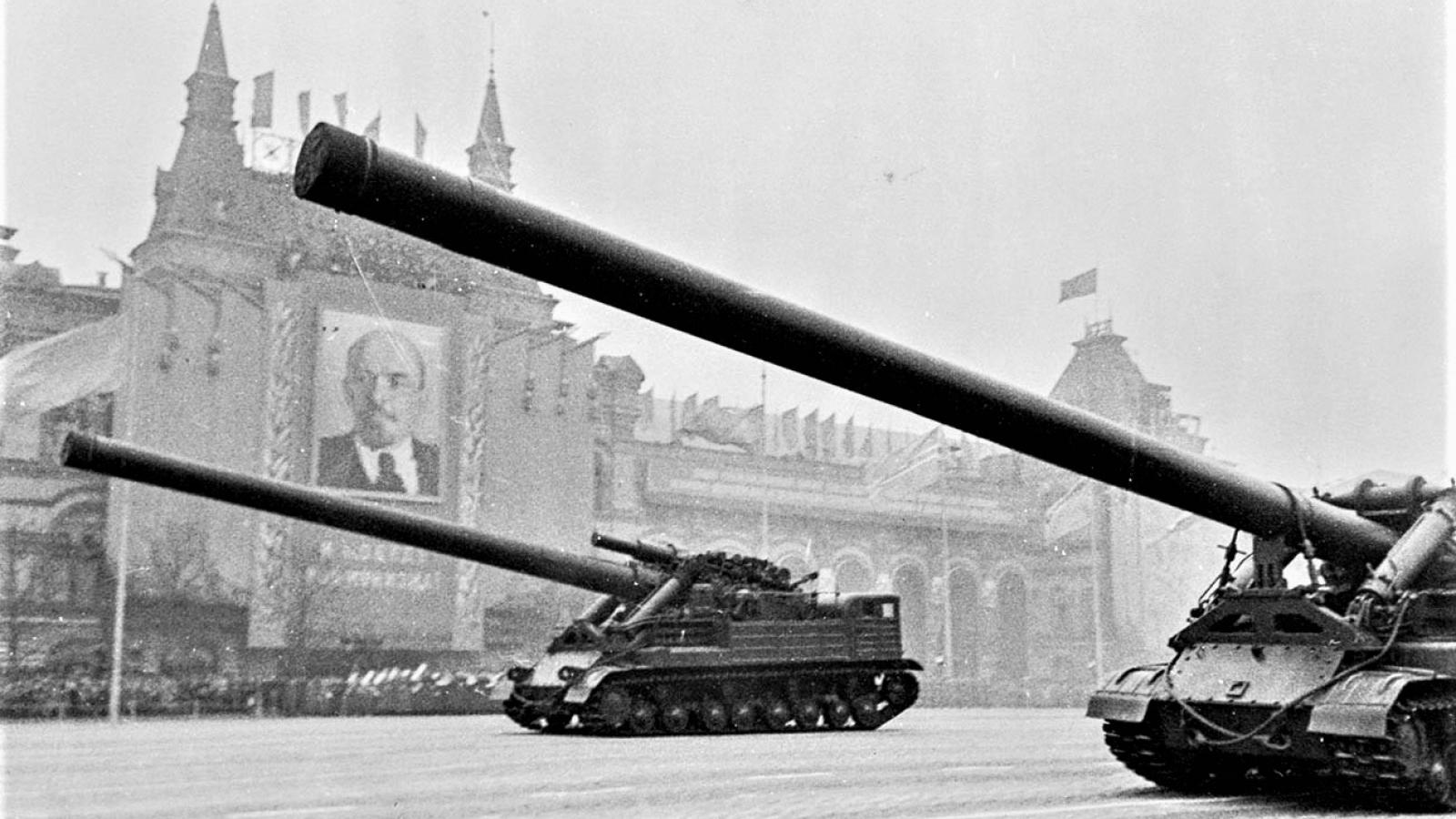 """Những vũ khí giả của Liên Xô từng khiến phương Tây """"sập bẫy"""""""