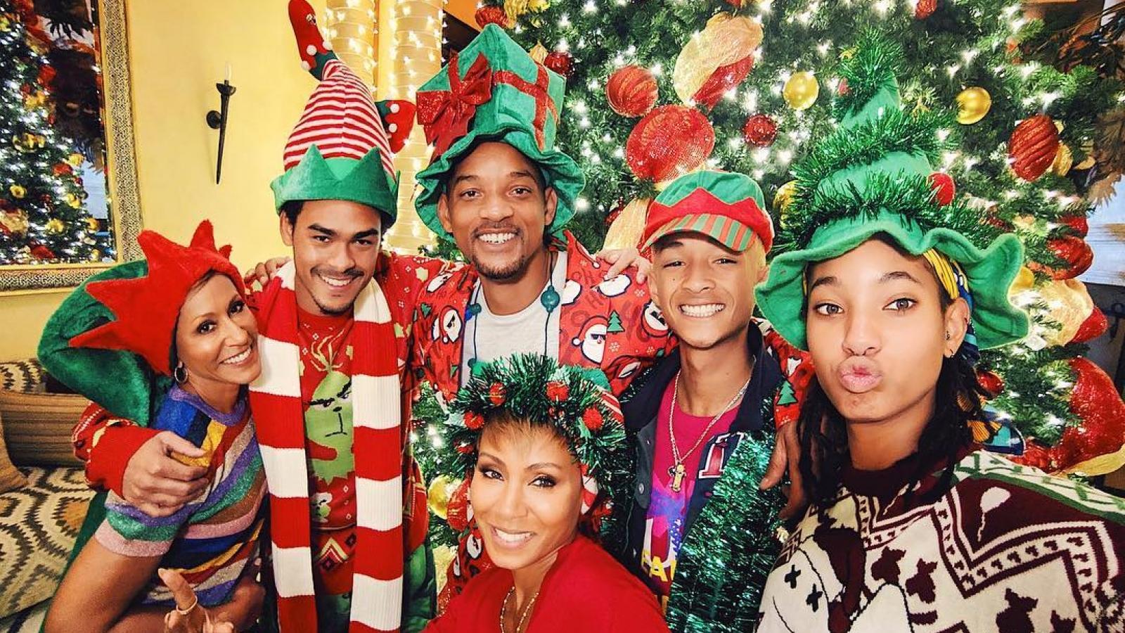Các gia đình nổi tiếng tại Hollywood đón Giáng sinh ra sao?