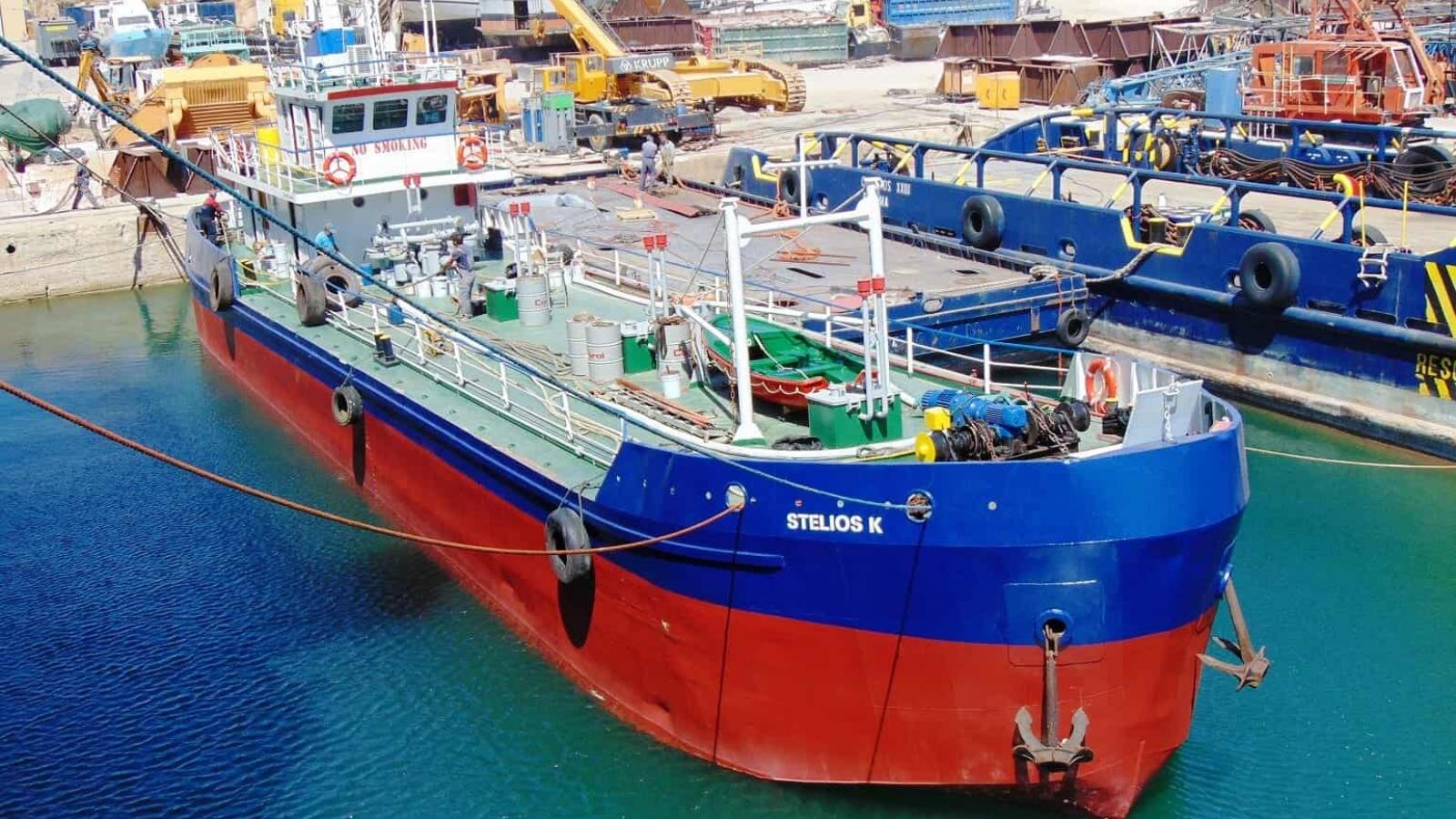 Thủy thủ Hy Lạp bị cướp biển Guinea bắt làm con tin